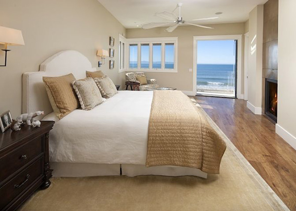 The master bedroom in 849 Sand Point Road
