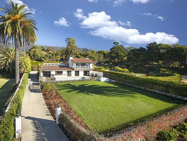 1154 Channel Drive exterior, an oceanfront home in Montecito steps from the Four Seasons Santa Barbara Biltmore Hotel
