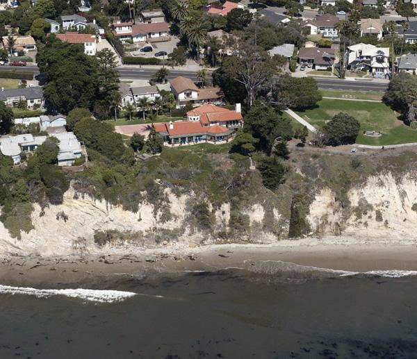1409 Shoreline Drive, a Santa Barbara oceanfront home