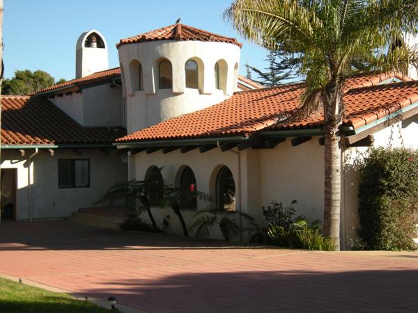 1409 Shoreline Drive exterior, a Santa Barbara oceanfront home