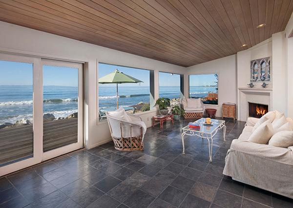 2940 Solimar Beach Drive living room, a beachfront home along the Rincon