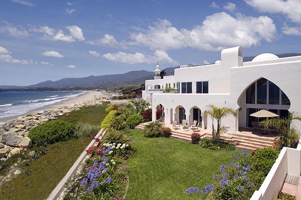 875 Sand Point Road, a beachfront home in Carpinteria