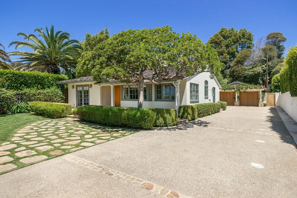 1130 Channel Drive, a beach home on Butterfly Beach in Montecito