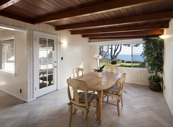 2345 Edgewater Way dining room, an oceanfront home in Santa Barbara