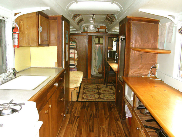 3240 Beach Club Road kitchen