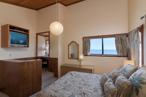 3798 PCH master bedroom