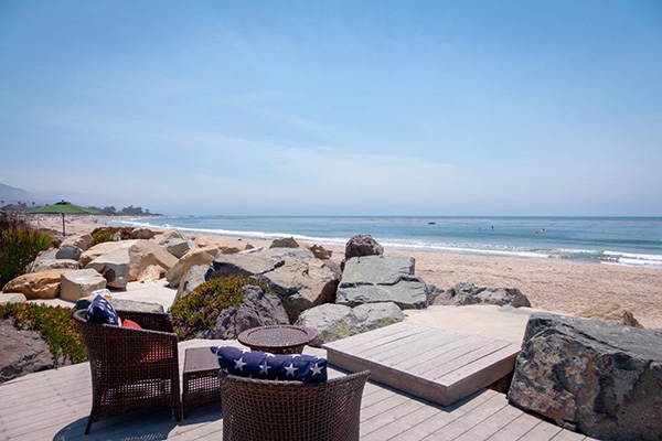 4393 Avenue Del Mar, a beachfront home in Sandyland Cove in Santa Barbara