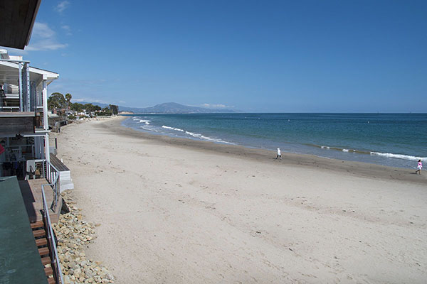 03_1548 Miramar Beach view down beach