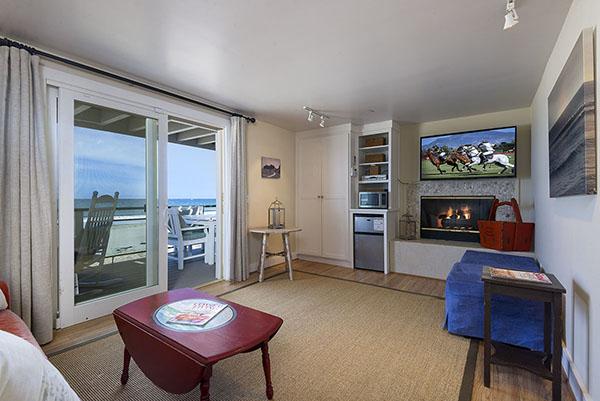 16_1548 Miramar Beach Downstairs Living Room